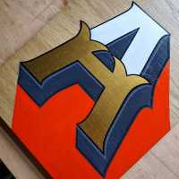 a-handpainted-signwriter-signwritng-lettering