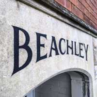 beachley_house-sign-name-stone-handpainted-lettering-signwriting-signpainting-gloucester