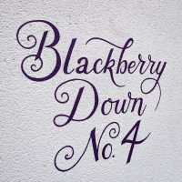 blackberry-down-housesign-sign-script-handpainted-lettering-signwriting-signpainting