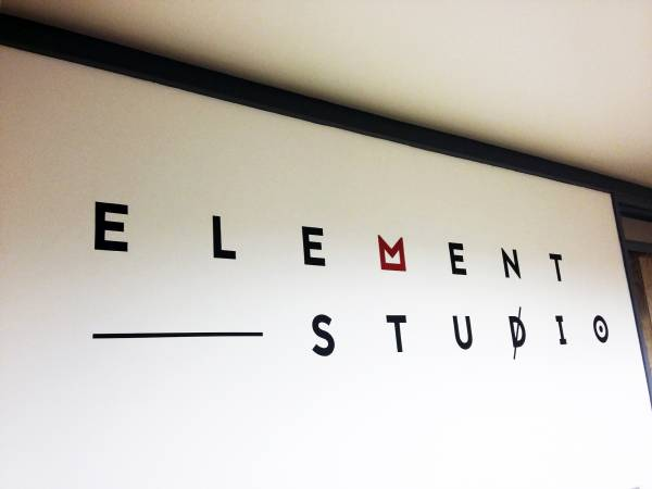 element-studio-wall-logo-design-handpainted-signpainting-cheltenham-signwriting-signwriter