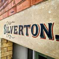 silverton-house-sign-restoration-stone-lettering-signwriting-signwriter-handpainted