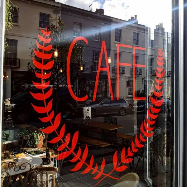 window-glass-sign-cafe-handpainted-signwriting-cheltenham
