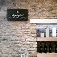 cookery_school_daylesford_directional_signage_handpainted_