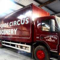 lorry-side-lining-giffords-circus-vehicle-handpainted-signwriting