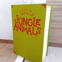 full-pic-site-gloucester-quays-jungle-lettering-handpainted-signwriter